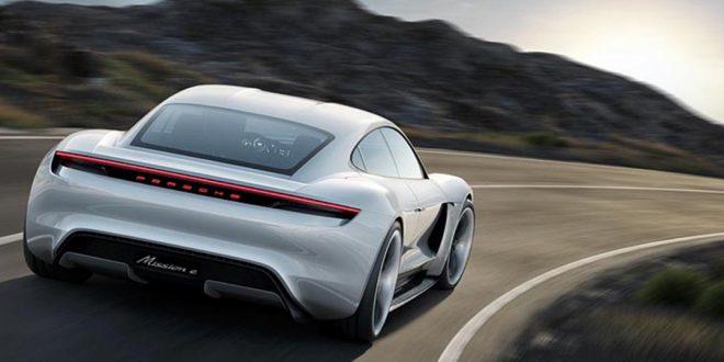 السيارة الكهربائية Porsche Taycan تحظى بشعبية كبيرة قبل أن يتم إطلاقها في العام 2020