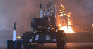 روبوت لمساعدة رجال الإطفاء له حاسة شم ويصور بتقنية الابعاد الثلاثة رغم كثافة الدخان