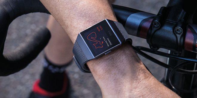 الشرطة تستخدم بيانات إسوارة Fitbit الذكية لإعتقال مشتبه فيه في جريمة قتل