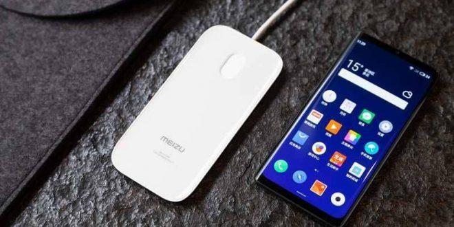 """العالم على موعد مع أول هاتف """"دون أزرار أو منافذ"""""""