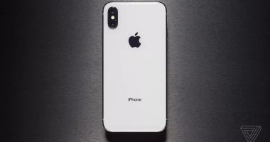 أبل تكشف عن نسخة معاد تدويرها من هاتف iphone X