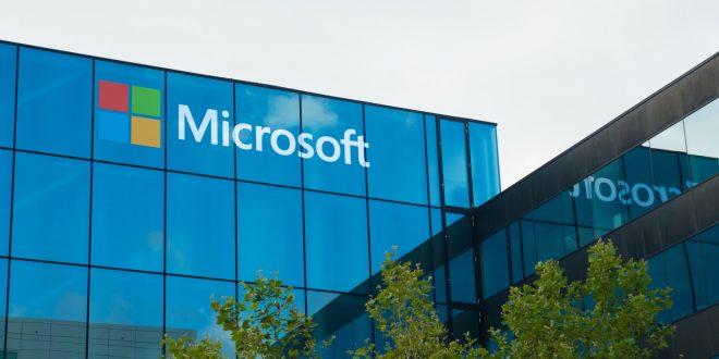 مايكروسوفت تبتكر هولوجرام يترجم العبارات إلى اليابانية