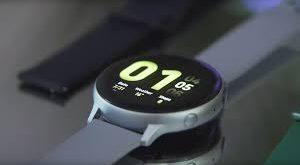 """الكشف عن أحدث ساعات """"سامسونغ"""" الذكية بميزة تخطيط وقياس نبضات القلب"""