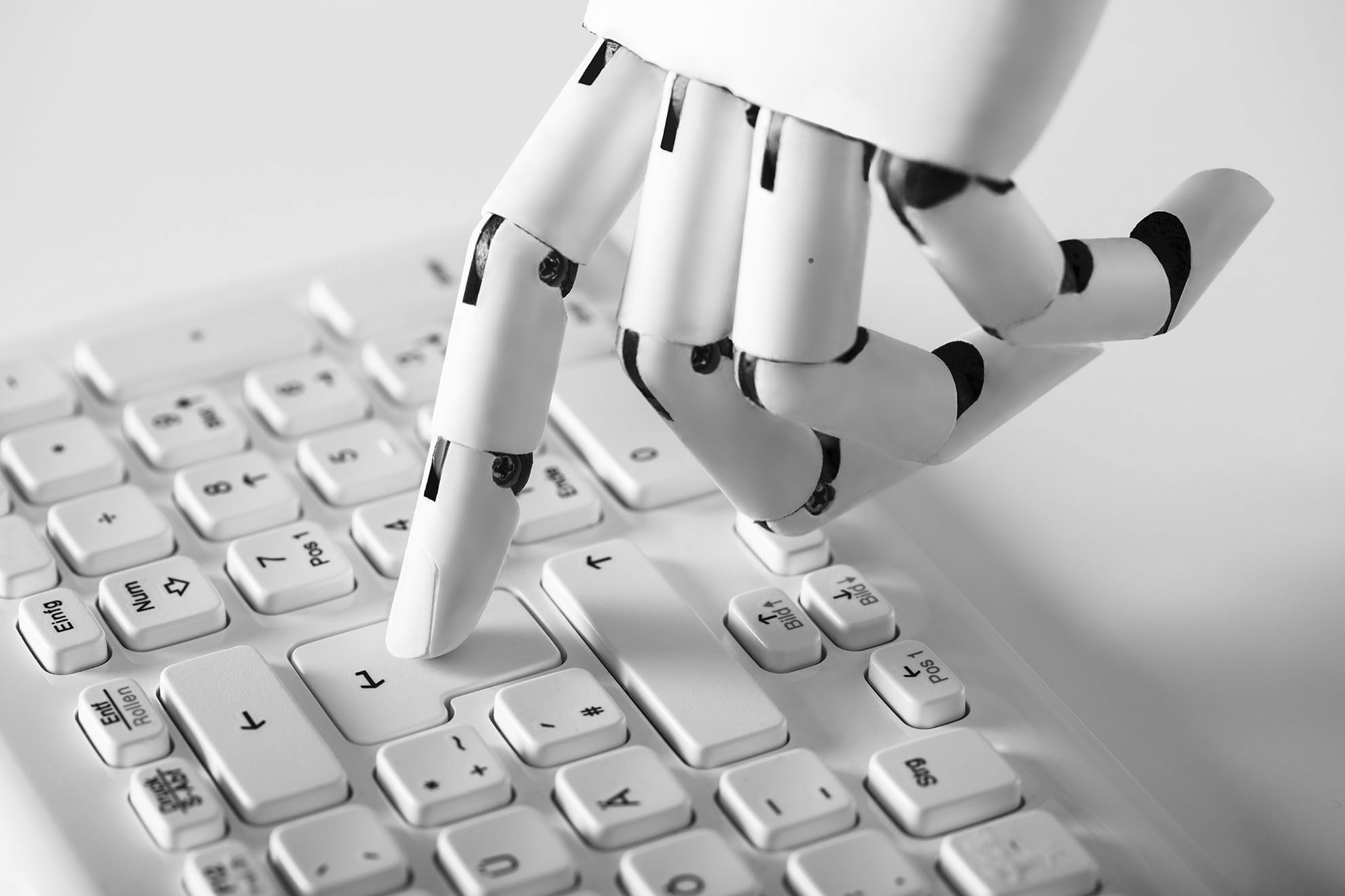 باحثون يعيدون إنشاء برنامج ذكاء اصطناعى قادر على كتابة أخبار مزيفة