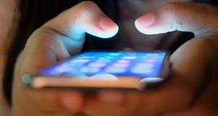 توقف عدد من التطبيقات فى ملايين الهواتف خلال أيام