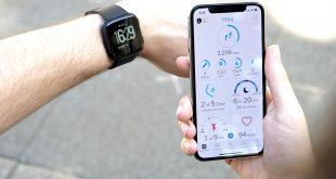 كيف يمكنك تنزيل التطبيقات على ساعة Fitbit؟