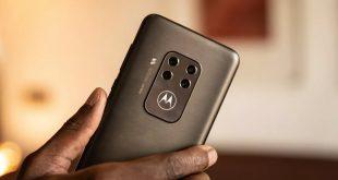 موتورولا تعمل على هاتفي 5G يضمان شاشات منحنية الطرفين بمعدل تحديث يبلغ 90Hz