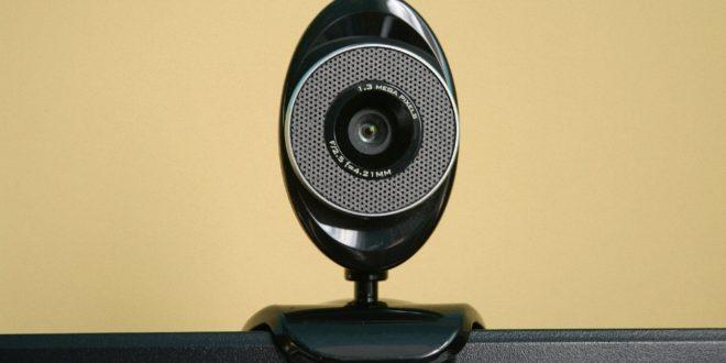 8 طرق لإصلاح مشاكل كاميرا الويب في نظام ويندوز 10