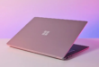 مايكروسوفت تطور حاسب Surface محمولًا جديدًا