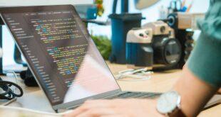 للمبتدئين: 5 دورات مميزة لتعلم البرمجة وتطوير الويب