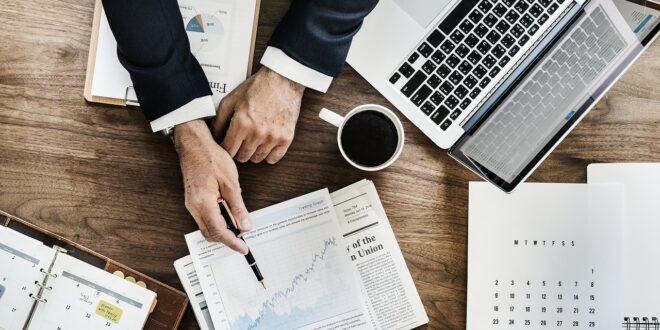 10 مصطلح تسمعهم باستمرار في عالم ريادة الأعمال