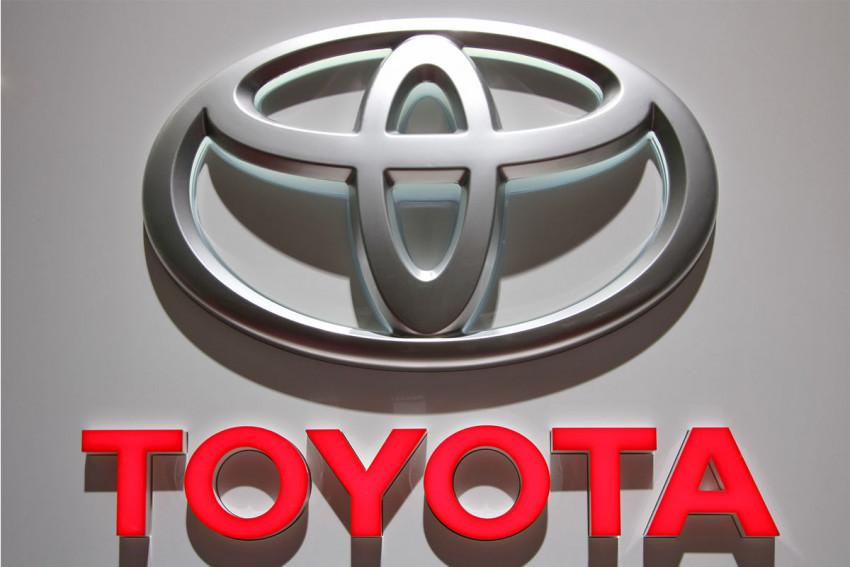 تويوتا تتجه نحو تطوير سيارات الأجرة الآلية