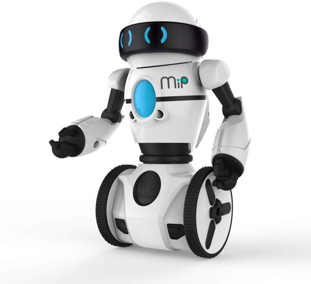 أمازون تعمل على روبوت منزلي متعدد الشاشات والكاميرات