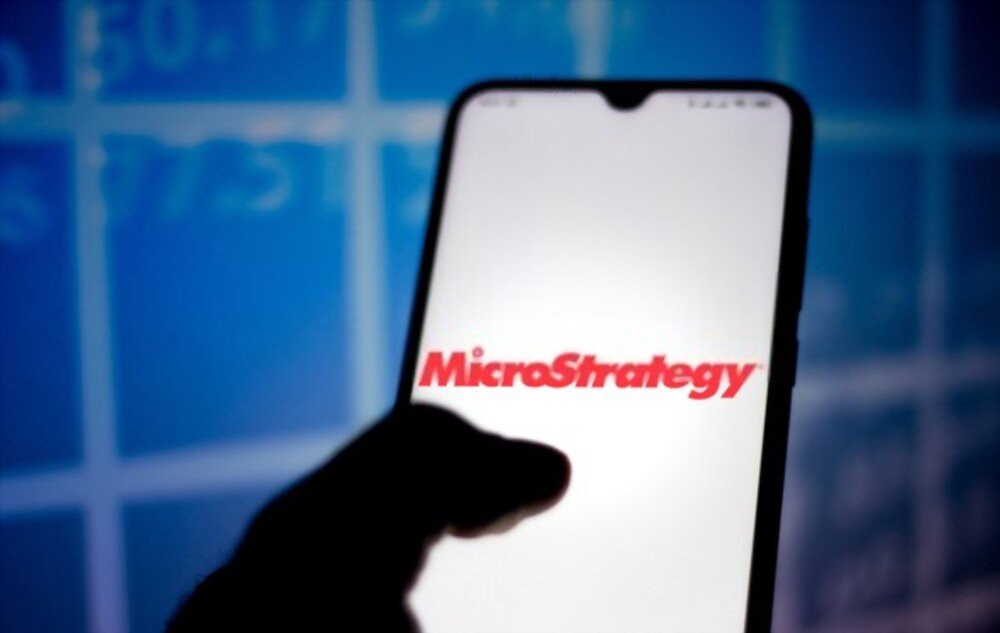 MicroStrategy تشتري بيتكوين بقيمة 15 مليون دولار