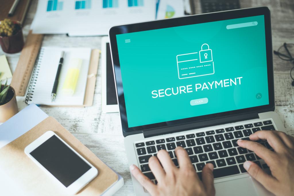 12 شيئاً عليك تجنبها تماماً عند استخدام الخدمات المصرفية عبر الإنترنت