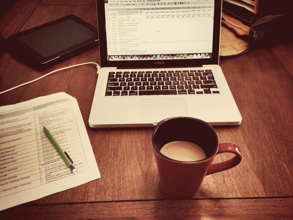 أفضل 8 وظائف تناسب العمل من المنزل