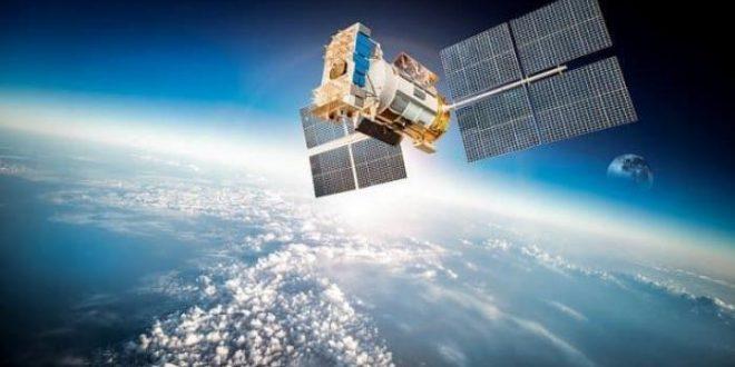 فريق فيسبوك للإنترنت عبر الأقمار الصناعية ينضم إلى أمازون
